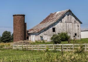 Rustic Barn & Silo