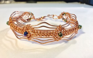 copper wire with metallic beads